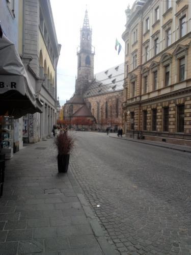 Bolzano-Duomo-back