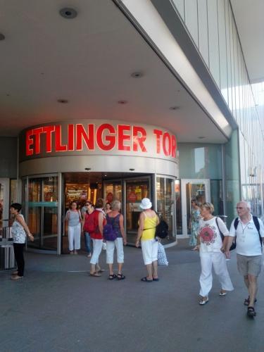 Karlsruher Kaufhaus-Ettlinger Tor